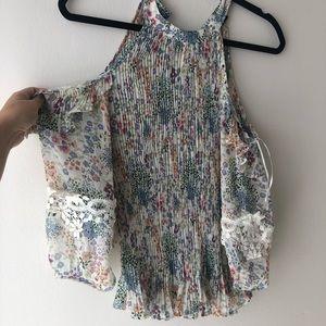 NWT Boho Accordion pleats open shoulder floral top